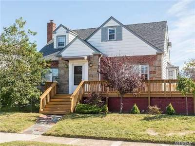 Long Beach NY Single Family Home For Sale: $799,000