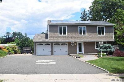 Kings Park Single Family Home For Sale: 21 Landview Dr