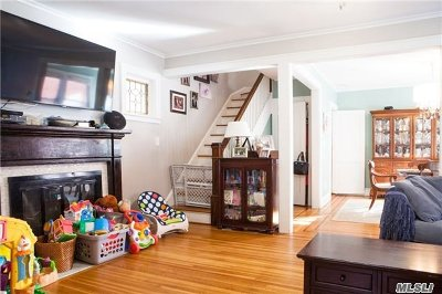 Douglaston, Little Neck, Bayside, Bay Terrace, Oakland Gardens Single Family Home For Sale: 42-15 216th St