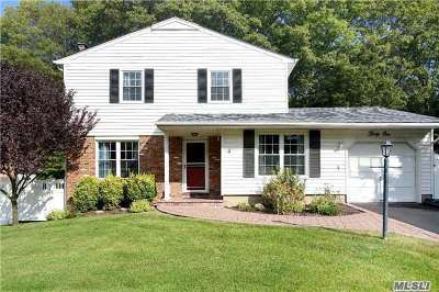 Kings Park Single Family Home For Sale: 31 Country Lane Dr