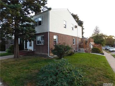 Fresh Meadows Single Family Home For Sale: 50-04 185th St