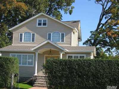 Lynbrook Single Family Home For Sale: 78 Lynbrook Ave