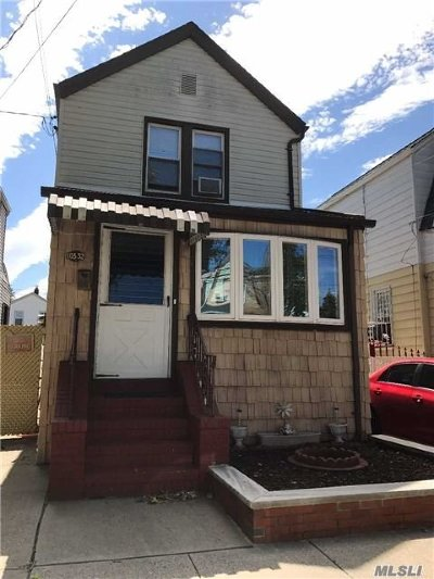Ozone Park Single Family Home For Sale: 105-32 87th St