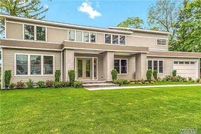 Hewlett Single Family Home For Sale: 275 Hewlett Neck Rd