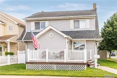 E. Rockaway Single Family Home For Sale: 105 Williamson St