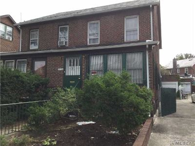 Forest Hills Single Family Home For Sale: 101-26 75th Rd
