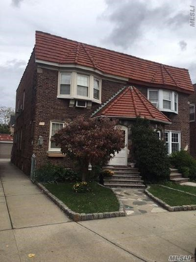 Bayside, Oakland Gardens Single Family Home For Sale: 45-25 215 Pl