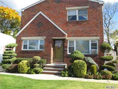 W. Hempstead Single Family Home For Sale: 135 Nassau Blvd