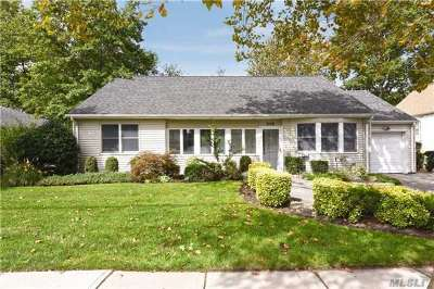 Woodmere Single Family Home For Sale: 942 Peninsula Blvd