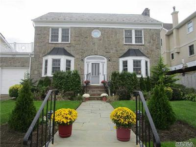 Long Beach NY Single Family Home For Sale: $1,199,000