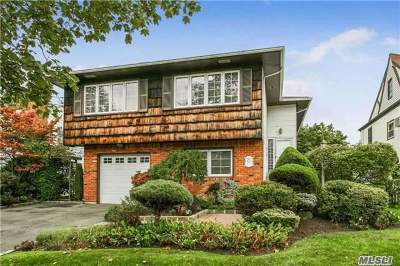 Single Family Home For Sale: 16a Murdock Rd