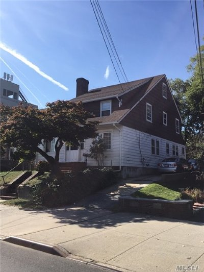 Douglaston, Little Neck, Bayside, Bay Terrace, Oakland Gardens Single Family Home For Sale: 34-28 Bell Blvd