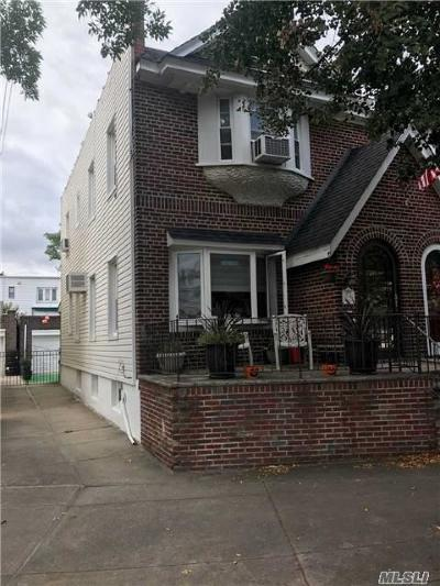 Middle Village Single Family Home For Sale: 75-45 Furmanville Ave