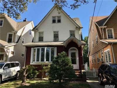 Bayside, Oakland Gardens Single Family Home For Sale: 50-19 Clearview Expy
