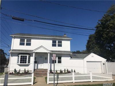N. Bellmore Single Family Home For Sale: 2427 Washington Blvd