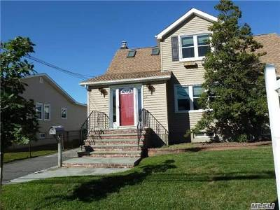 Oceanside NY Single Family Home For Sale: $389,000