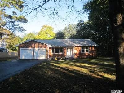 Medford Single Family Home For Sale: 185 Oak St