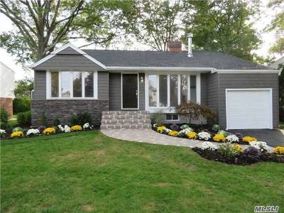 East Meadow Single Family Home For Sale: 1422 Mark Dr
