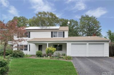 Stony Brook Single Family Home For Sale: 31 Barnwell Ln