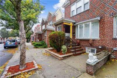 Middle Village Single Family Home For Sale: 79-27 69th Rd