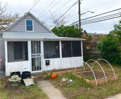 Rockaway Park Single Family Home For Sale: 197 Beach 100th