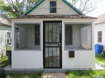 Rockaway Park Single Family Home For Sale: 100-09b Rockaway Beach Blvd