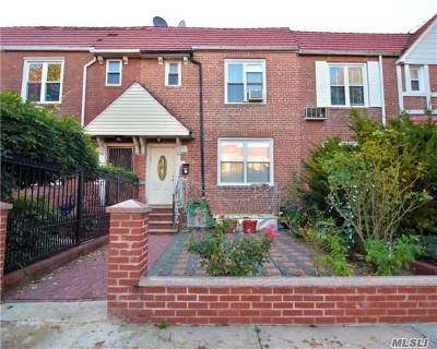 Single Family Home For Sale: 31-44 76th St