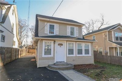 Hempstead NY Single Family Home For Sale: $349,000