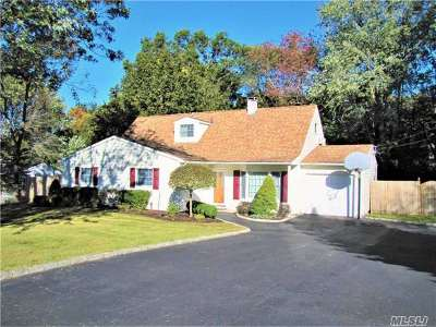 Mt. Sinai Single Family Home For Sale: 7 Marcy Dr