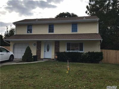 central Islip Single Family Home For Sale: 100 Root Ave
