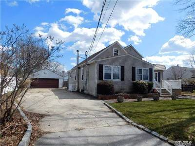 W. Babylon Single Family Home For Sale: 93 Vermont Ave