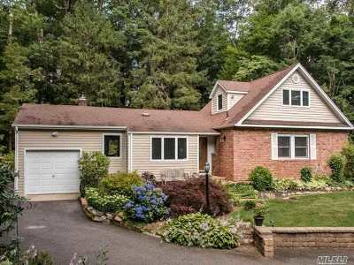 Huntington Single Family Home For Sale: 2 Henhawk Ln