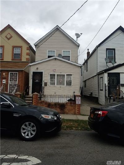 Single Family Home For Sale: 104-27 171st St