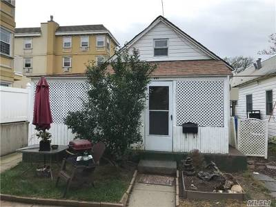 Rockaway Park Single Family Home For Sale: 191 Beach 100th St