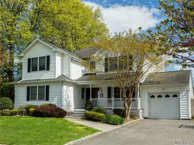 Syosset Single Family Home For Sale: 21 Chadwick Rd
