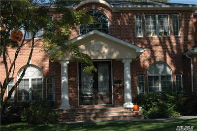 Roslyn Single Family Home For Sale: 3 Crabtree Ln