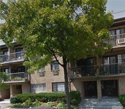 Elmhurst Condo/Townhouse For Sale: 87-29 57th Rd #101