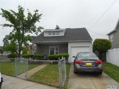 Long Beach NY Single Family Home For Sale: $377,000
