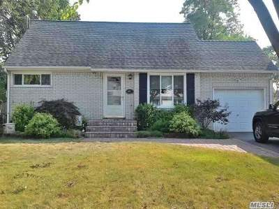 Suffolk County Single Family Home For Sale: 441 38th St