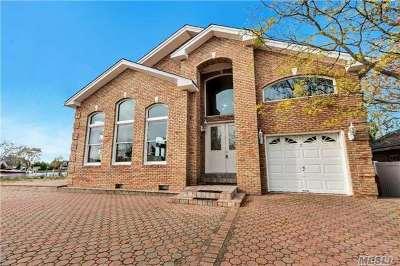 Aquebogue Single Family Home For Sale: 8 Harbor Rd