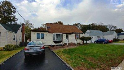 W. Babylon Single Family Home For Sale: 543 18th St