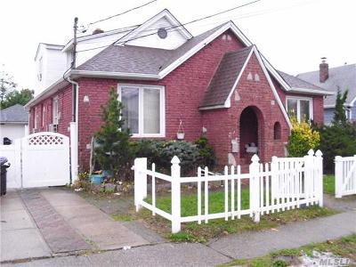 Bellmore Single Family Home For Sale: 707 Wyckoff Ave