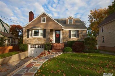 Lynbrook Single Family Home For Sale: 49 Sherman St