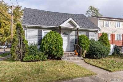 Lynbrook Single Family Home For Sale: 263 Hendrickson Ave