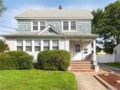 East Meadow Single Family Home For Sale: 2443 Hudson St