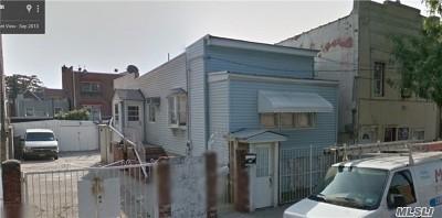 Corona Single Family Home For Sale: 53-14 105 St