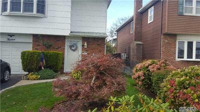Lindenhurst Rental For Rent: 12 Spring St