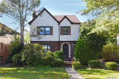 Woodmere Single Family Home For Sale: 381 Midwood Rd