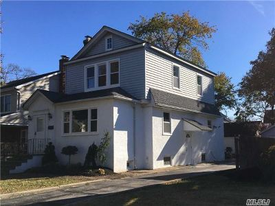 Baldwin Single Family Home For Sale: 546 Fairview Ave