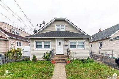Rockville Centre Single Family Home For Sale: 1288 Langdon Blvd